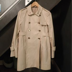 Gucci Classic Trench Coat   **Must Have** EUC